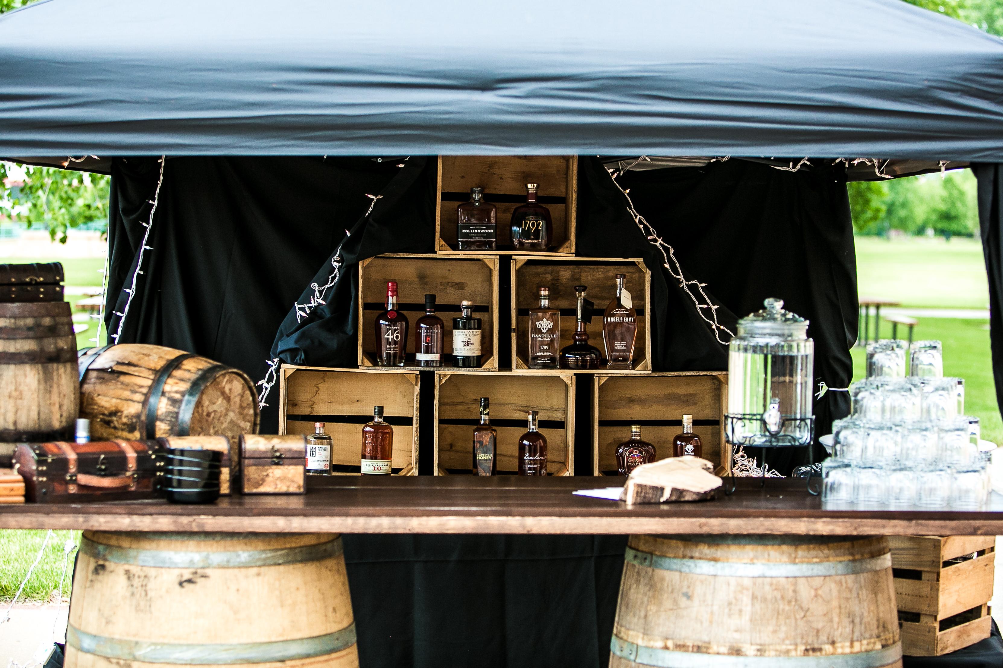 Whiskey_Cigar_Bar_Wedding
